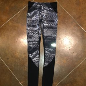 North Face running tights size xs snake print